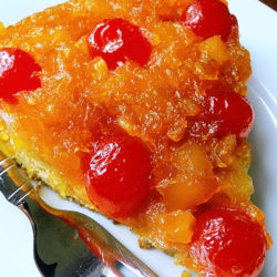 Easy Pineapple Upside-Down Cake Recipe