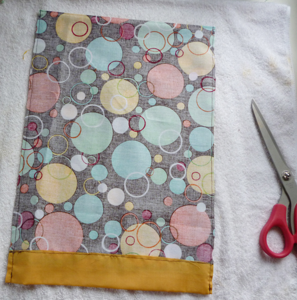 Easy to Make: Hot or Cold Therapy Rice Bags momspark.net