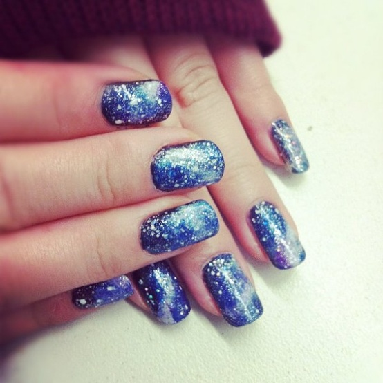 blue sparkly winter nails