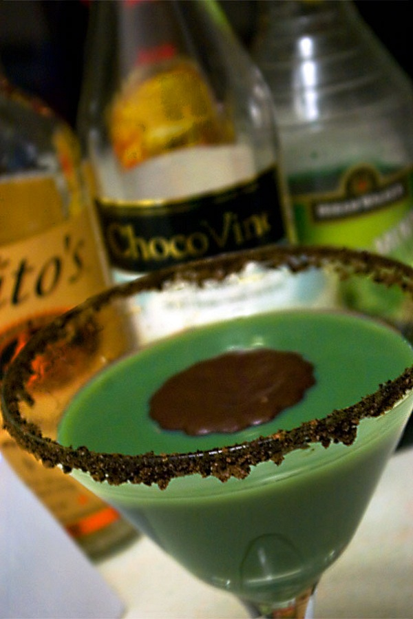 Grasshopper cocktail holiday