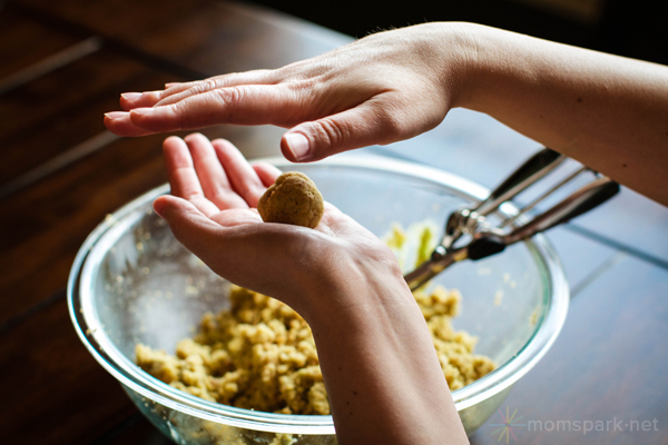 How to Make Cake Pops - Roll Ball Mixture in Hand momspark.net
