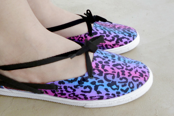 Tennies to Laced up Flats Makeover