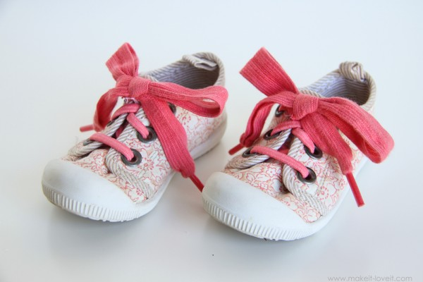 Elastic Shoelaces with Attached Bow Shoe Makeover