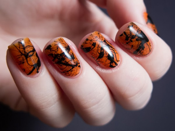 Fashion Friday: Halloween Nail Art