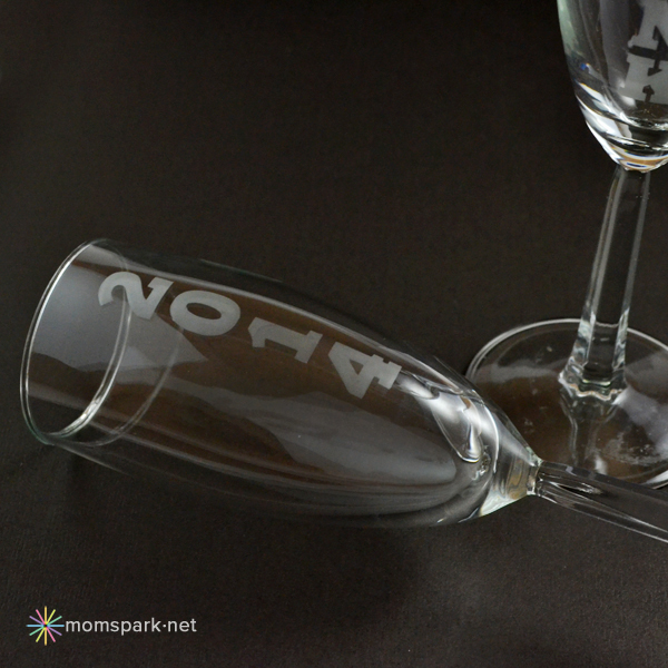 DIY Etched New Year's Eve Champagne Flutes