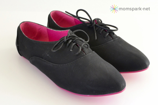 Shoe Makeover: Star Studded Oxfords (No Laces!)