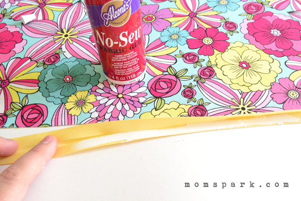 DIY Reversible No Sew Placemats