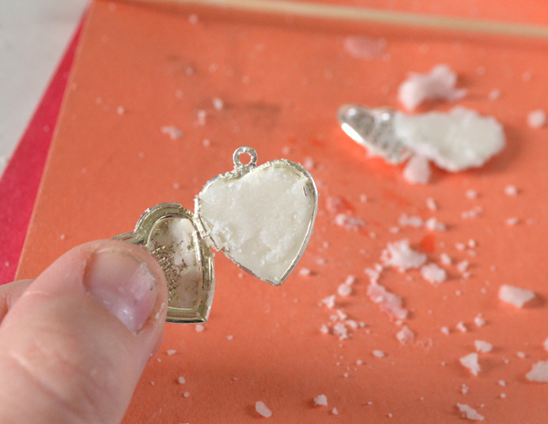 Help keep those pesky mosquitoes away and no one will be any the wiser with pretty citronella lockets.