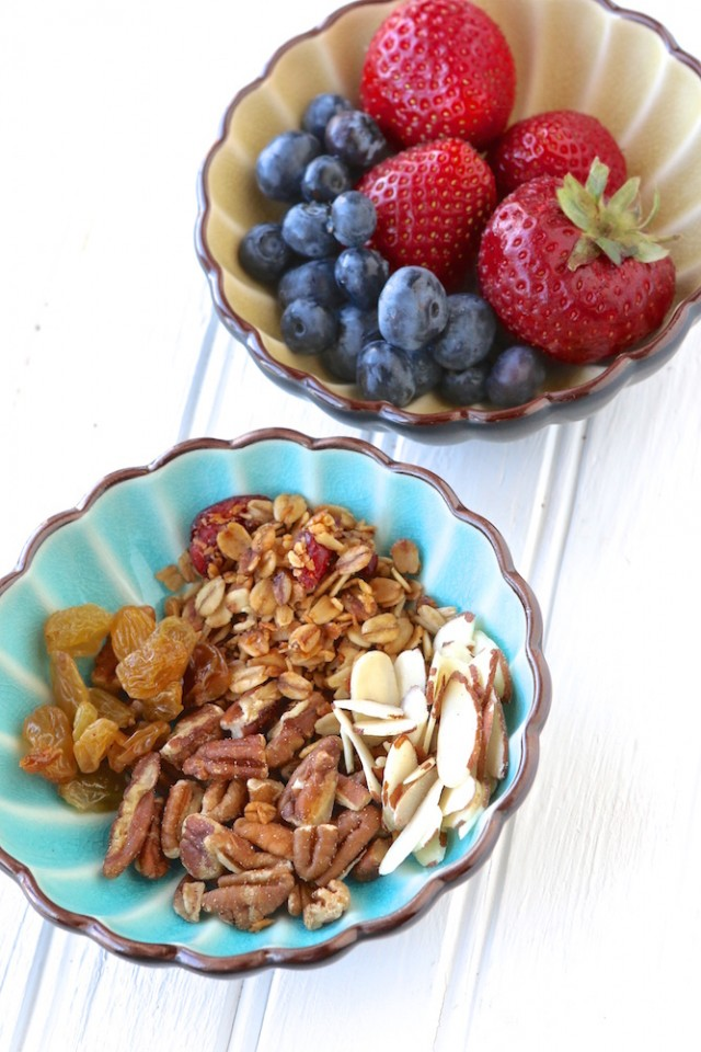 Berry Healthy Smoothie Bowl Recipe