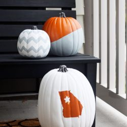 Don't feel like scooping pumpkin goop and carving your creations this year? Get craft with these fun painted pumpkin ideas instead! They'll last longer too!
