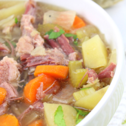 Slow Cooker Crockpot Corned Beef and Cabbage Soup Recipe