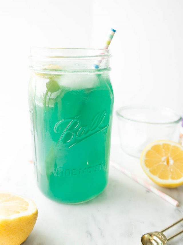 Mermaid Lemonade Recipe - Mermaid parties are all the rage right now. I love putting together a fun, undersea party for the mermaid lovers in my life. Here are 10 mermaid recipes you have to make for your next mermaid party.