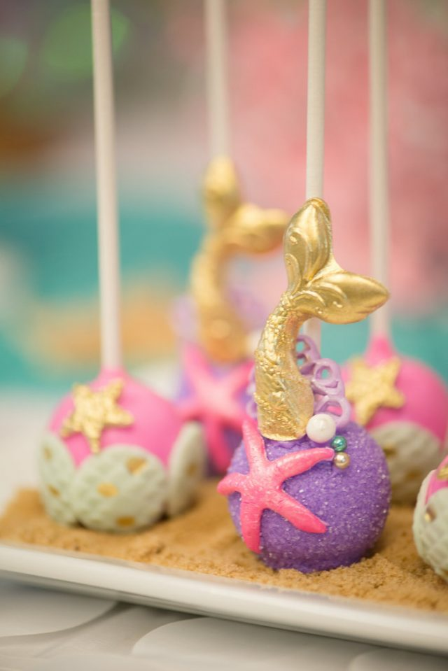 Mermaid Cake Pops Recipe - Mermaid parties are all the rage right now. I love putting together a fun, undersea party for the mermaid lovers in my life. Here are 10 mermaid recipes you have to make for your next mermaid party.