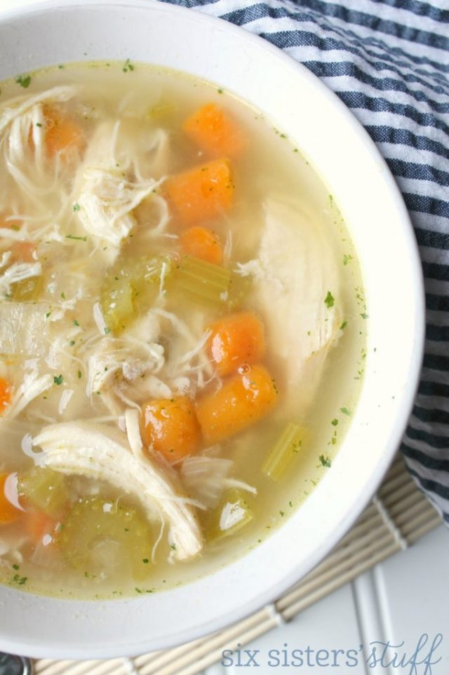 Instant Pot Chicken Veggie Soup Fall is the best time to bust out your instant pot. There are so many fall-inspired instant pot recipes for cozy, crisp autumn days.