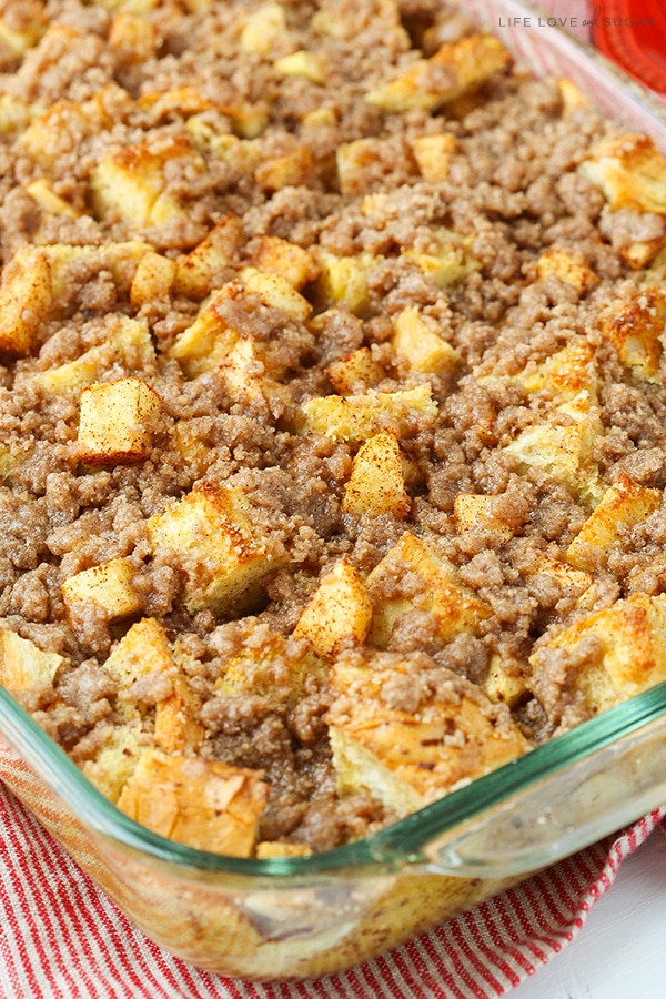 It's officially apple-picking season. Here are 20 awesome apple recipes to make this fall with all of your apples! - Overnight Cinnamon Apple French Toast Casserole