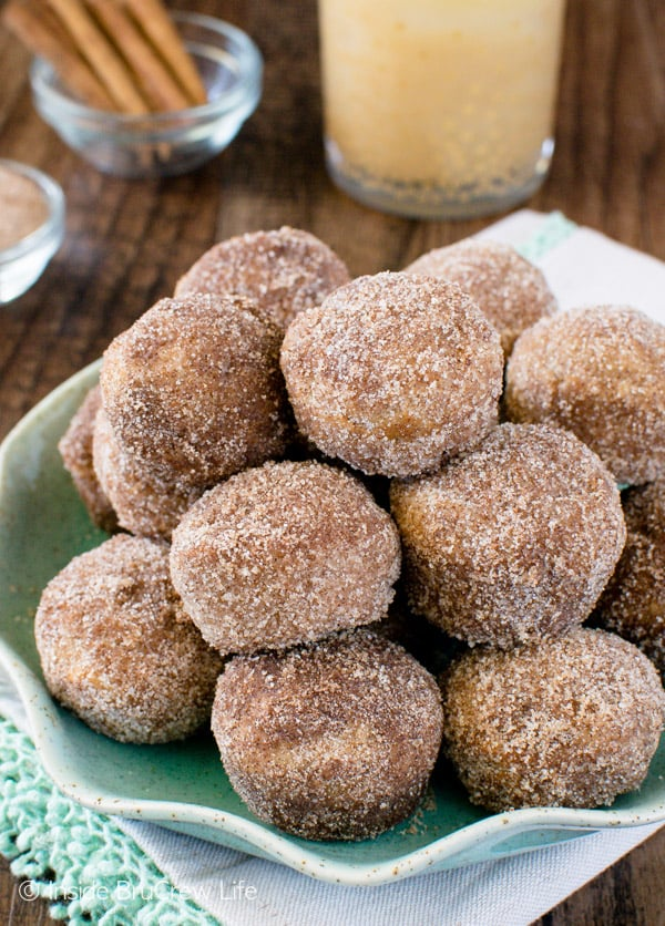 It's officially apple-picking season. Here are 20 awesome apple recipes to make this fall with all of your apples! - Cinnamon Sugar Apple Donut Holes